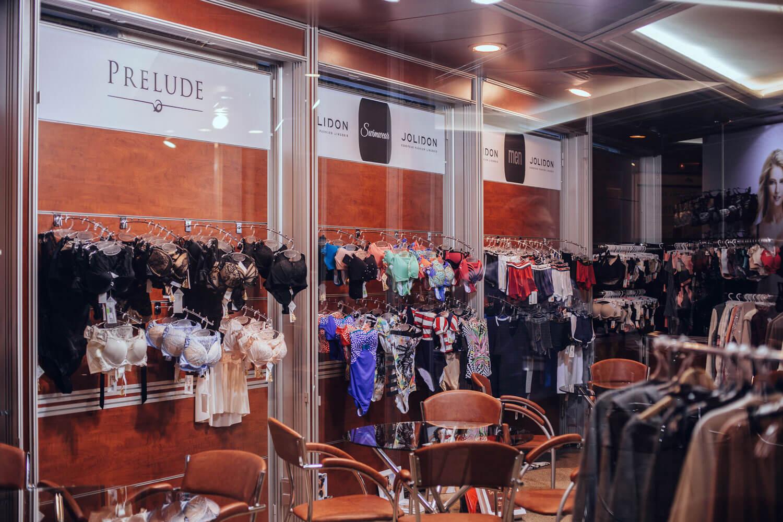 Lingerie-show-forum-3-Выставка-22-27.02